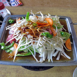 かめやま食堂 - 料理写真:まずは味噌焼きうどんの具
