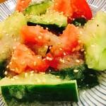 にほん酒食堂 酒和っ家 - トマトと胡瓜のマリネ
