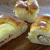 やない菓子舗 - 料理写真:ちくわパン155円 ポテサラベーコン155円 ハムロール130円