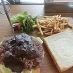 カフェ&ダイナー サンテリア - 黒毛和牛ハンバーガーサンド