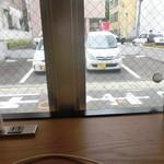カフェ&ダイナー サンテリア - 卓上にコンセント