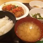 かぶき - 特大チキンカツピリ辛トマトソース定食