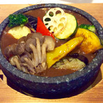 BOSS - 「石焼十六穀米野菜カレー」(980円税込)。今回のクーポンで10%引きで882円。