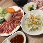 一心亭 - 選べる麺付き焼肉ランチ