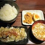 づけ麺 秀 - 餃子定食(水餃子)¥480