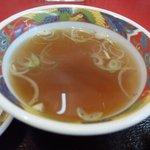 7385153 - 四川風焼肉定食850円のスープ