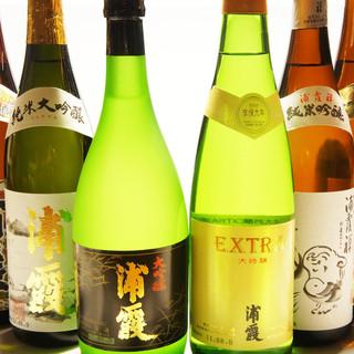 『樽一』のお料理を引き立ててくれる、日本酒が勢揃い☆