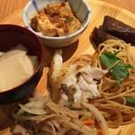 旬菜食健 ひな野 - 茶わん蒸し、麻婆豆腐、きのこパスタ、蒟蒻等
