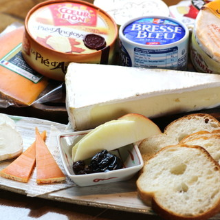 ◇◆選べるチーズ◆◇世界の珍しいチーズを一皿に◎