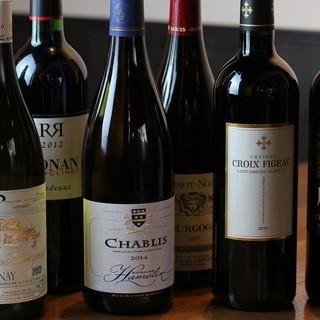 地酒には和、ワインには洋。豊富な種類の和洋銘酒◆