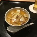 松見坂 なかしま - 名残ハモと松茸の茶わん蒸し