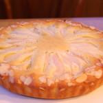 ローリエ - 洋梨のホールケーキ