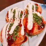 武屋 - 料理写真:タコ焼き マヨ増し増し