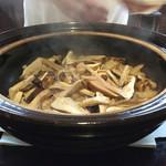 73875129 - (2017年9月)松茸の土鍋ご飯