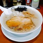 博多中洲屋台 鈴木ラーメン店 - 背脂煮干中華そば 750円