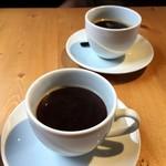 ブラックスミスコーヒー - ドリンク写真:ホットコーヒーMサイズ 410円
