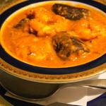 シャングリーラ - ダル、海老、茄子のカレー