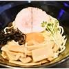 らーめん 玉彦 - 料理写真:青とうがらしの玉子まぜそば 770円 見た目的に青唐辛子っぽさはありませんが、食べてみるとちゃんと(?)辛いです。