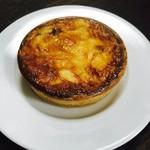ビーボデイリースタンド - ポルチーニ茸のキッシュ