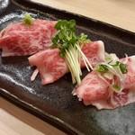 肉いち枚 - サーロイン肉寿司