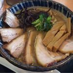 にぼし中華 廣はし - 濃厚煮干チャーシュー