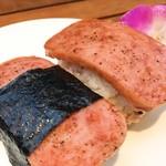 アグネス ポーチュギーズ ベイク ショップ カフェ - 日曜日限定!スパムおにぎり♩