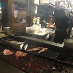 越後屋平次 - 炭火焼です。肉もあります。