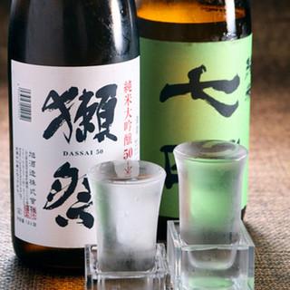 厳選焼酎が20種類以上!店長自ら仕入れる季節の日本酒も人気♪