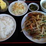 興福樓 - 豚レバーニラ炒め