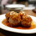 52 - 豚バラ黒酢肉団子