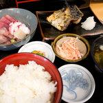 さくら - 料理写真:刺身・焼き魚定食