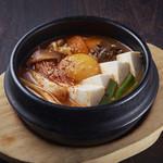 焼肉居酒家 韓の台所 - キムチ豆腐チゲ