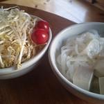 jingiskan 盆賊衆 - セットの野菜に豆腐とつきこんにゃく