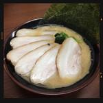 まくり家 - チャーシュー麺