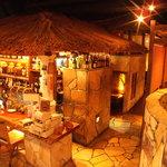 サザンウインドウ - 南国リゾートさながらの雰囲気♪