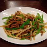 日比谷園 China Cafe&Dining - ランチのチンジャオロース