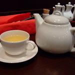 日比谷園 China Cafe&Dining - お茶です