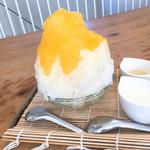 73930015 - パイナップルかき氷♡ヨーグルトソース