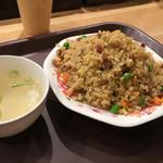 魏飯吉堂 - 炒飯
