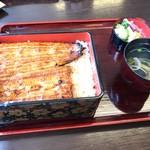 宇田川 - 特上うな重(2,500円)