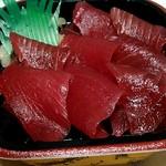 大漁丼家 - 5番寿司ネタ鮪の鉄火丼