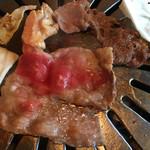 焼肉 しゃぶしゃぶ 食べ放題 はや  - 焼肉