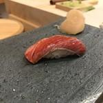 すし昇 - 鮪の軽い炙り