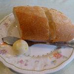 プティ・タ・プティ - ランチのパン