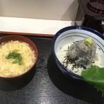 お食事処 渡舟 - 生しらすたっぷり丼+生しらす入かき玉汁