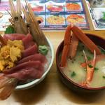 73958481 - 丼と蟹汁
