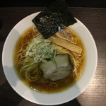 きみの - 醤油中華蕎麦(750円、真上から)