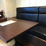 ネパールキッチンサクラ - テーブル席