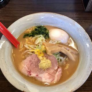 麺屋大河 - 料理写真:味噌らーめん 半熟煮玉子トッピング