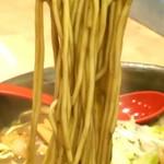 にぼしらーめん88 - 低加水目なストレート中細麺